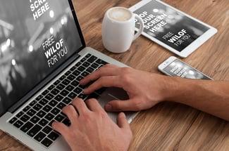 10 Razones por las que no debe retrasar el re-diseño de tu sitio web - Featured Image